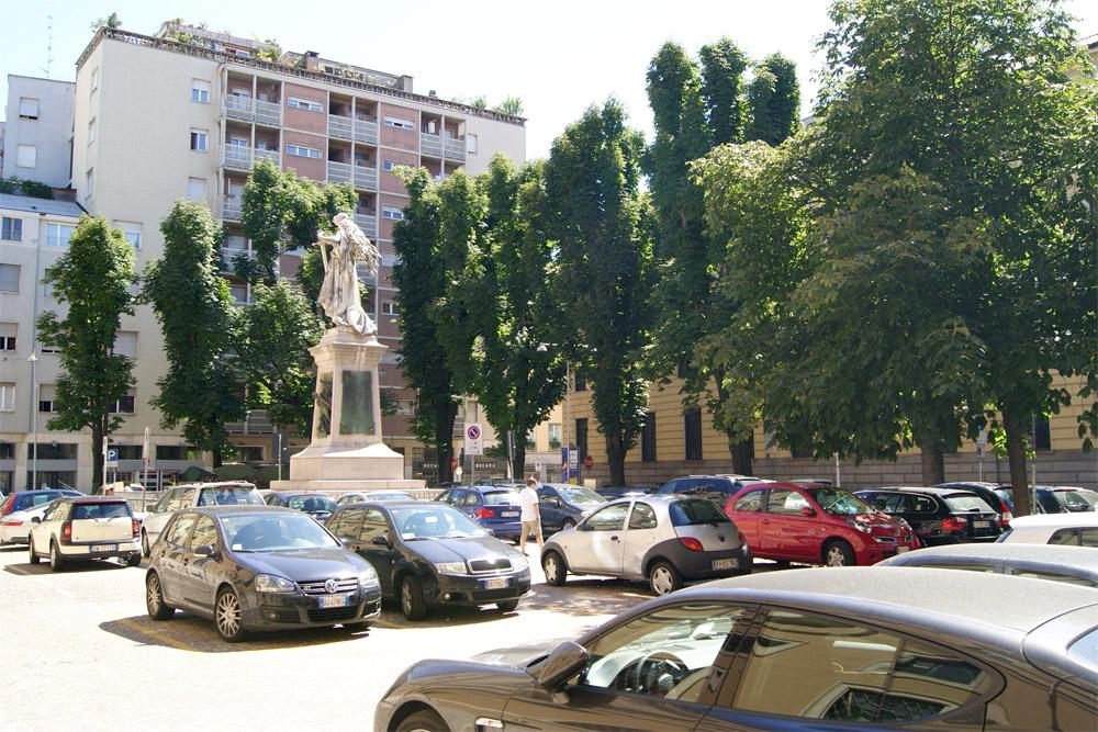 Piazza Mentana (4/6)
